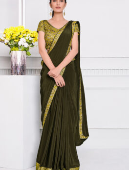 New Stylish Saree Plain with Contrast Blouse