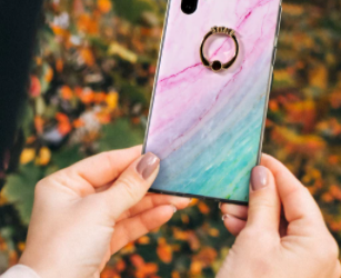 3 STONE DIAMOND RING PINK AND TURQUOISE PHONE CASE