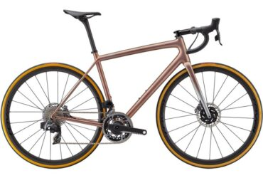Private: Specialized S-Works Aethos Red Etap Axs 12-Speed Disc Road Bike 2021 (CENTRACYCLES)