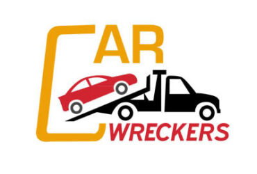 How Can Truck Wreckers in New Zealand Help You in Cracking a Good Deal?