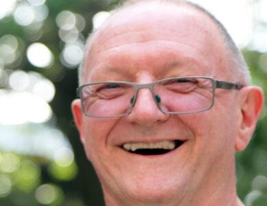 Dr. Graeme Morton