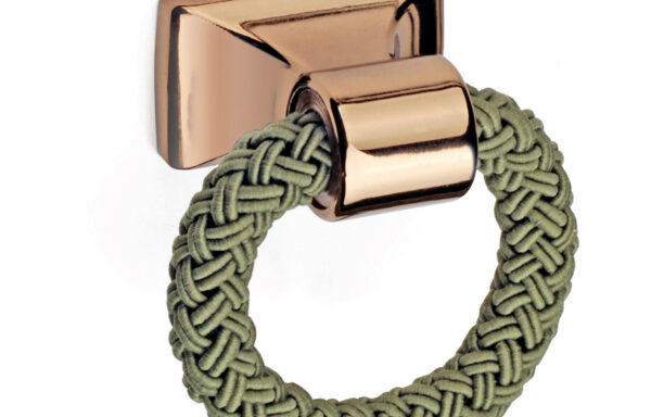 Contemporary Rope Loop Pull