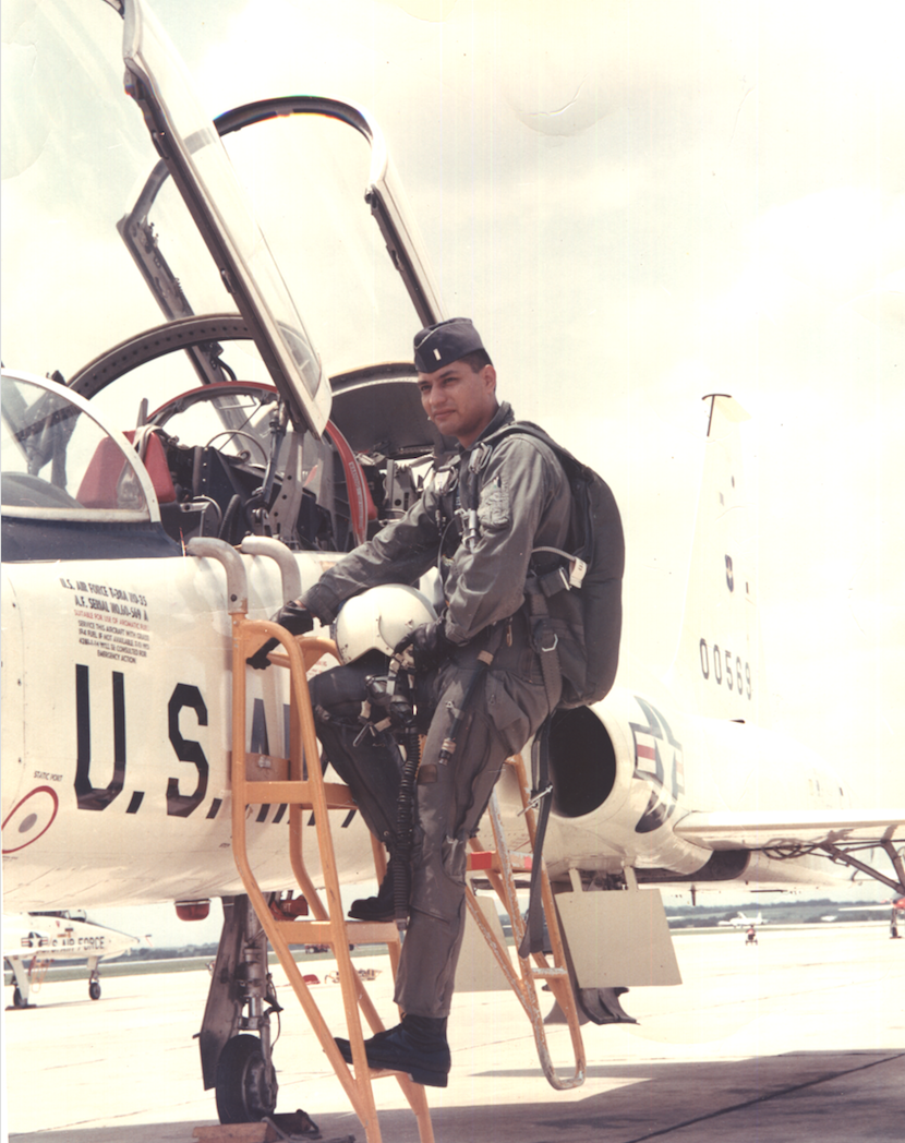 Carlos Salazar - T-38