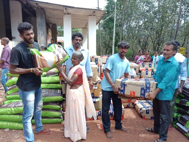 disaster-relief-rice-bags