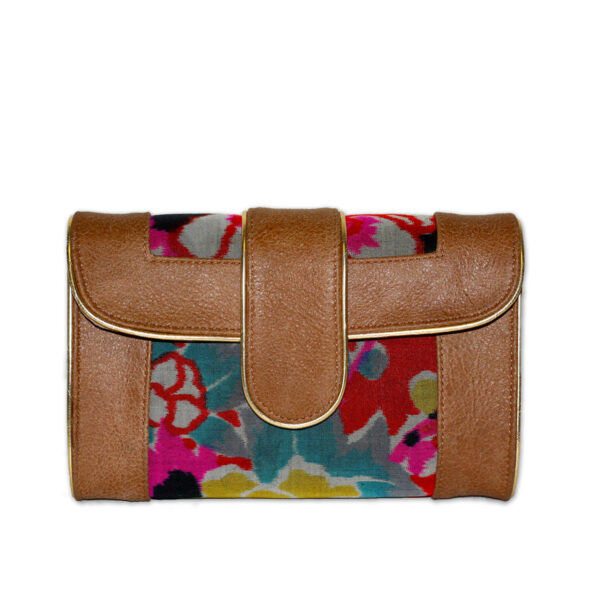 Hermosa floral clutch/crossbody in tan leather. Floral print is made from a vintage kimono. Snap closure. Detachable gold chain strap.