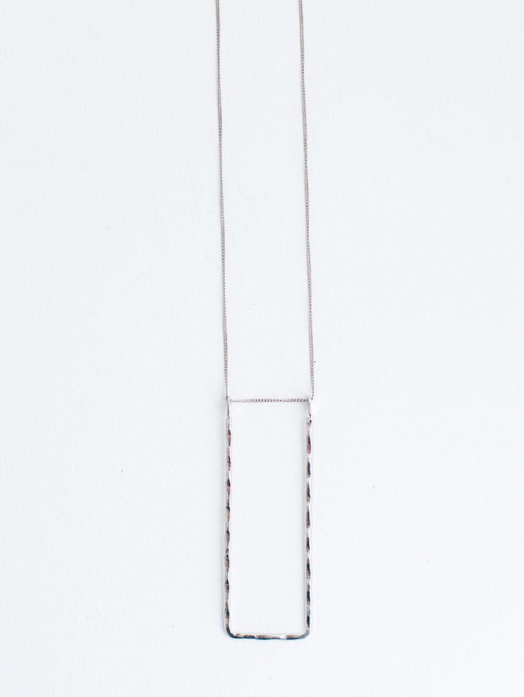 necklace_delicateframe_silver