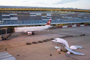 plane_landing_zurich3