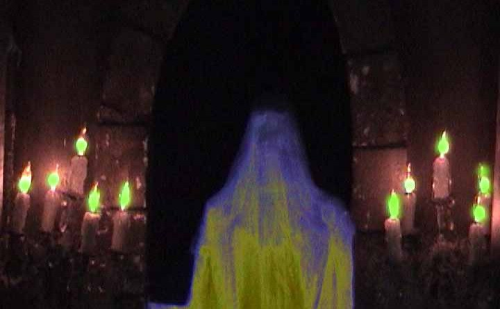 haunt-with-no-name-2012-tombstone-ghost