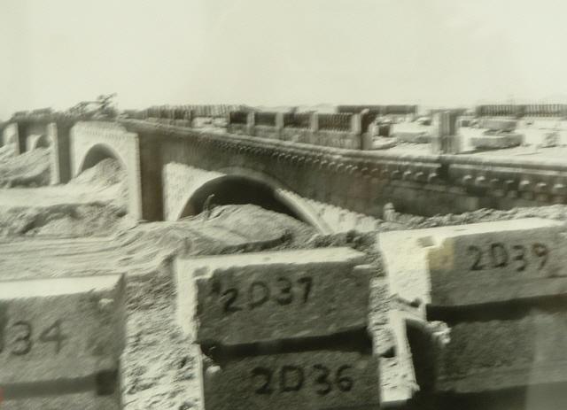 london-bridge-construction-2-wnumbers