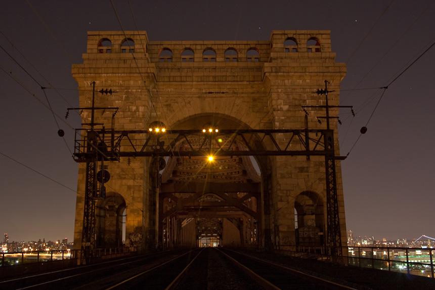 hellgate-bridge-crossing