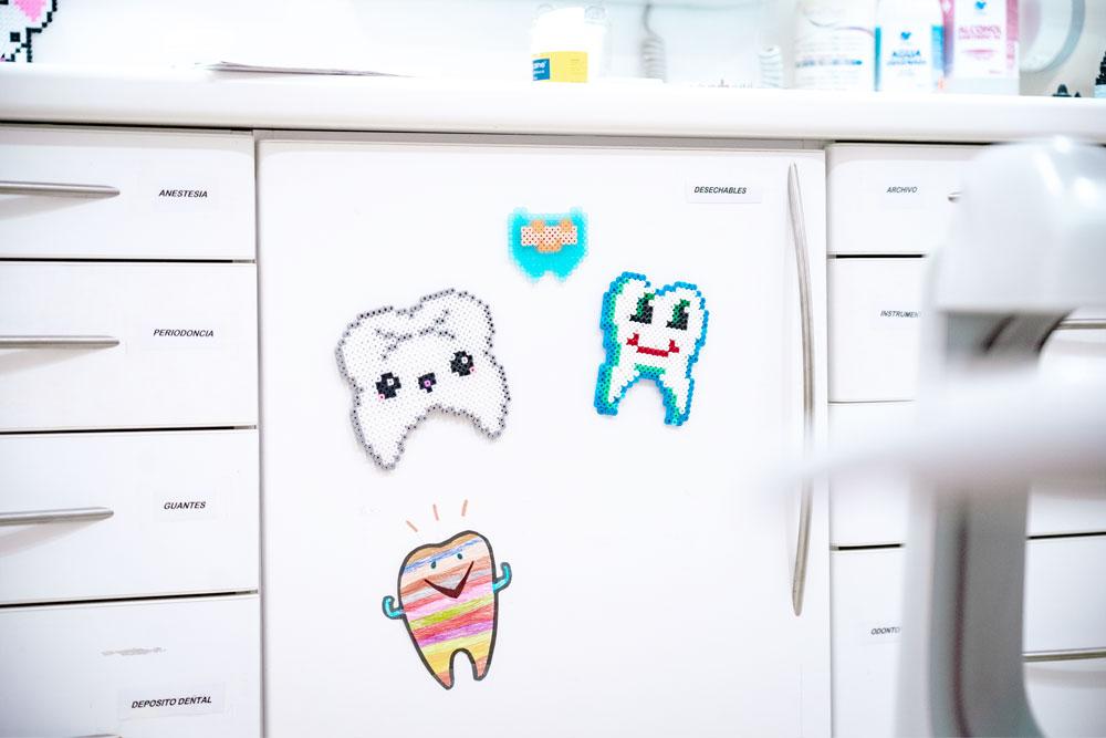 Consulta Doctor Alcubierre. Clínica dental infantil Vilanova i la Geltrú