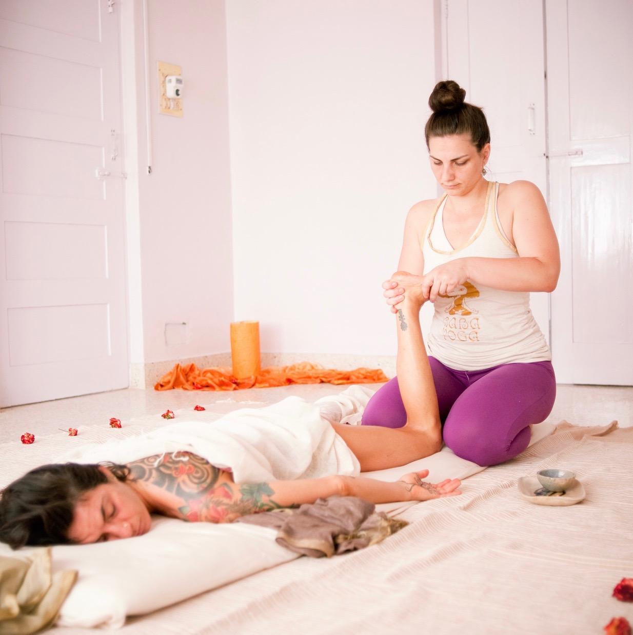 Ayurvedic Yoga Masage
