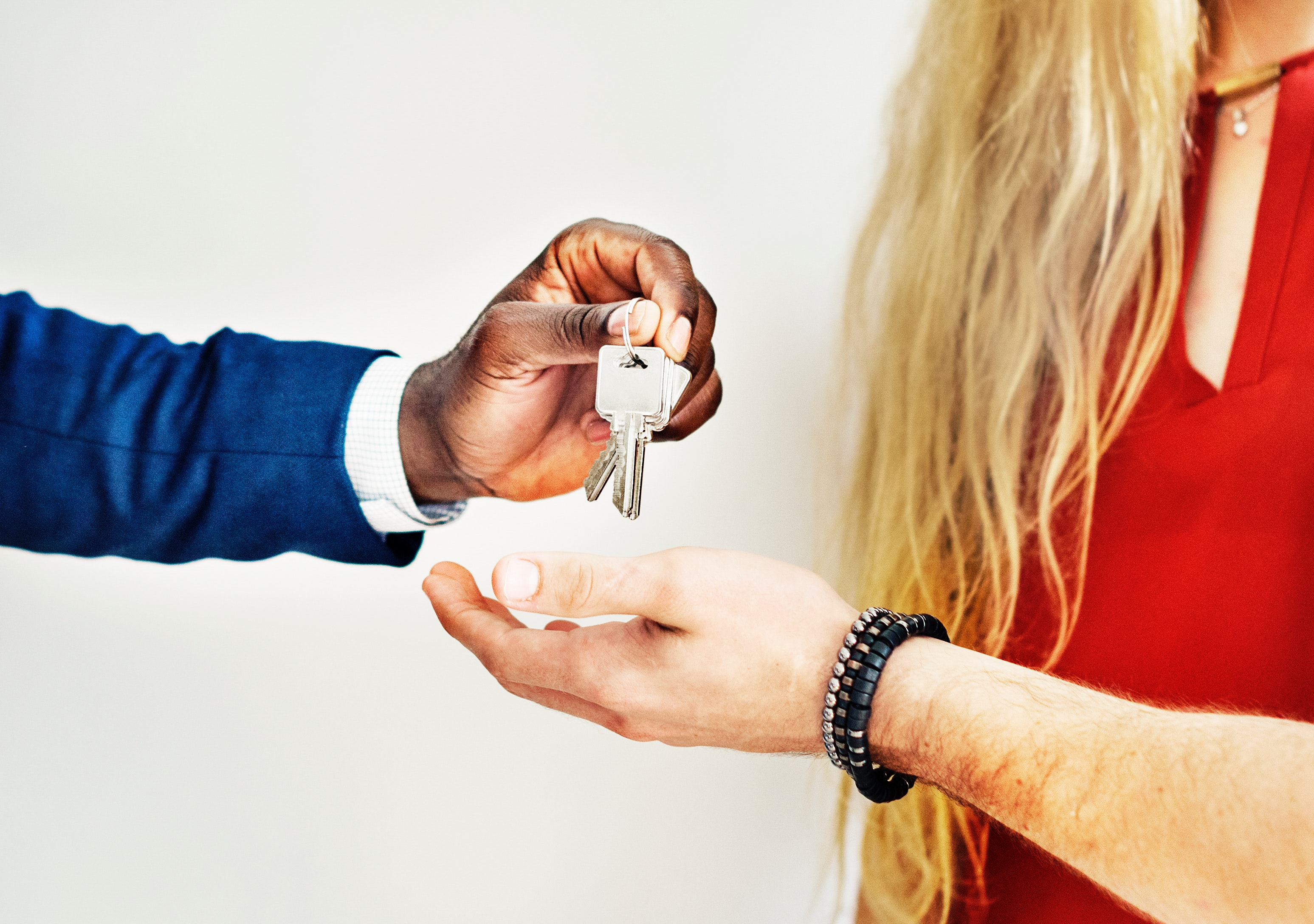 Tips on How to Choose Your Next Agent