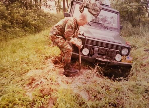Digging out a G-Wagen