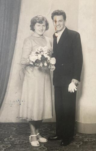 Grandparents-wedding-photo-1952