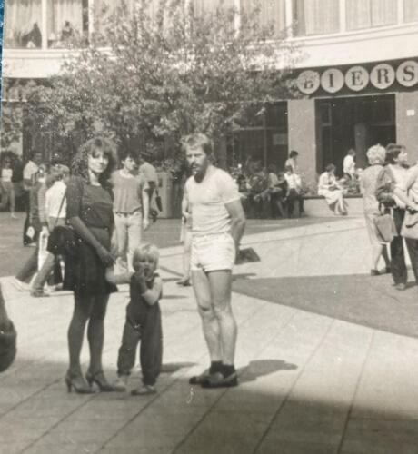 In-Dresden-with-my-parents-1984