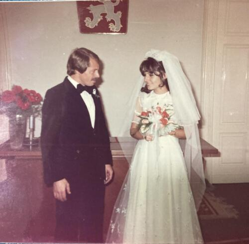 My-parents-get-married-1980-2
