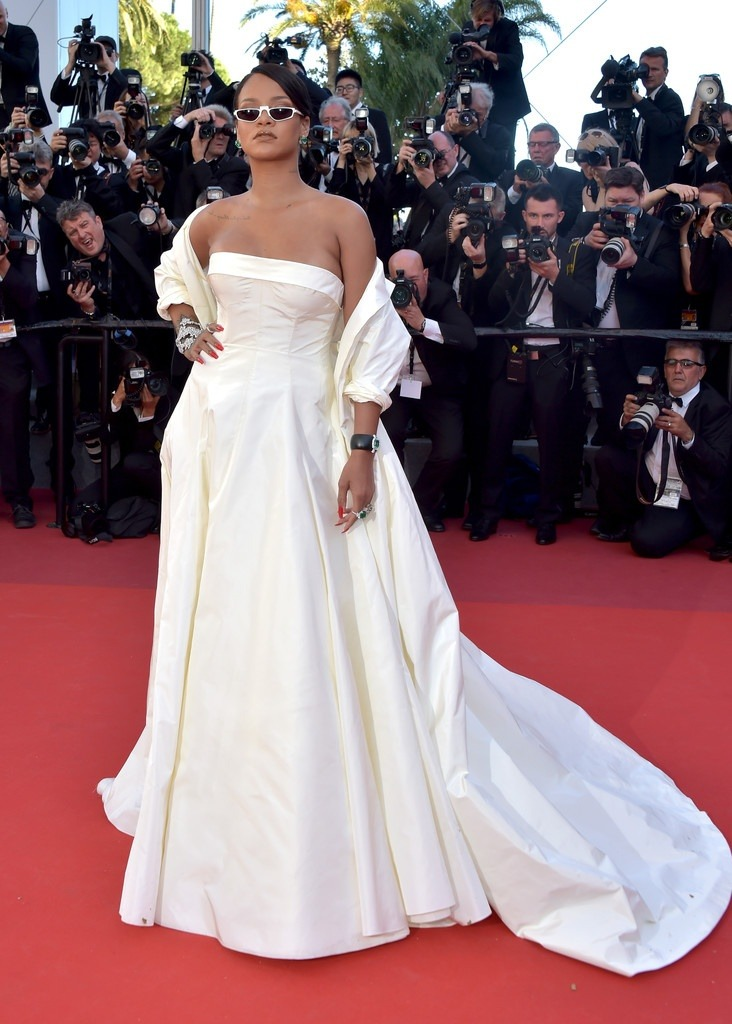Rihanna Arrived For the Okja Red Carpet Yesterday Wearing A Christian Dior Couture