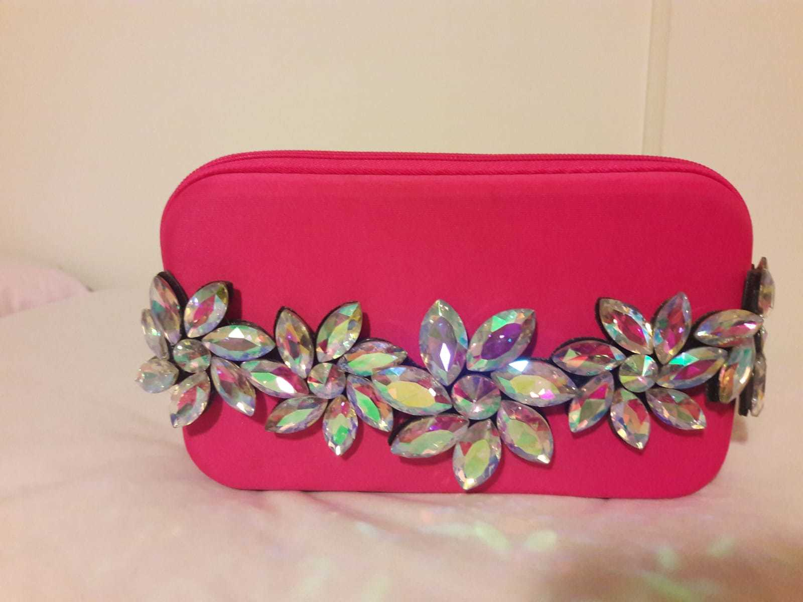 DIY pink clutch for breast cancer awareness