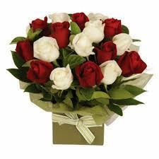 Red and White Roses Mix Bouquet