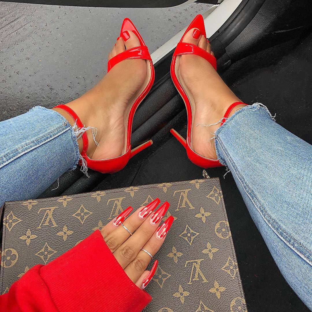 Sneaker Blogger Sherlina Nym
