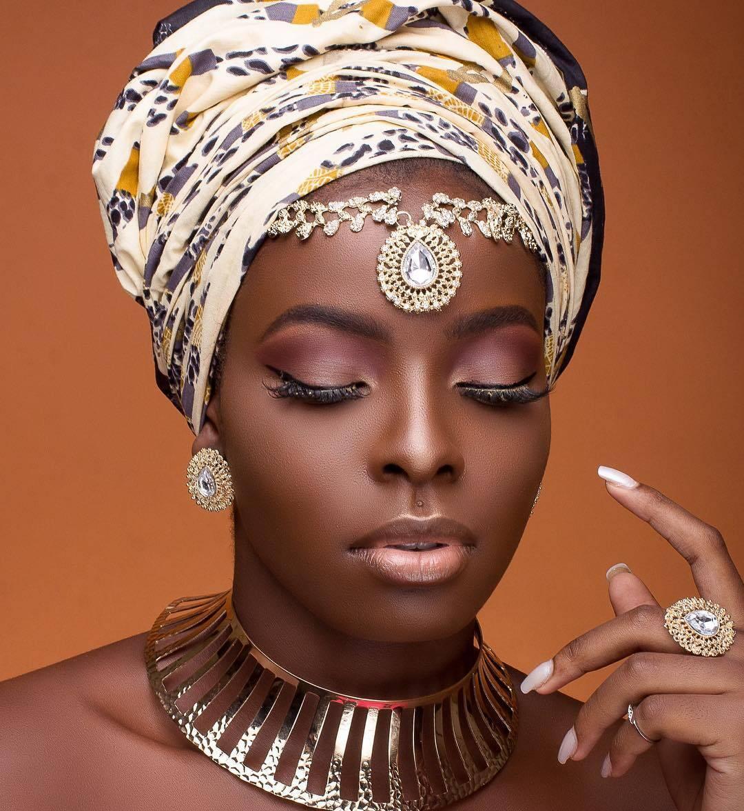 Cameroonian model African Print headtie