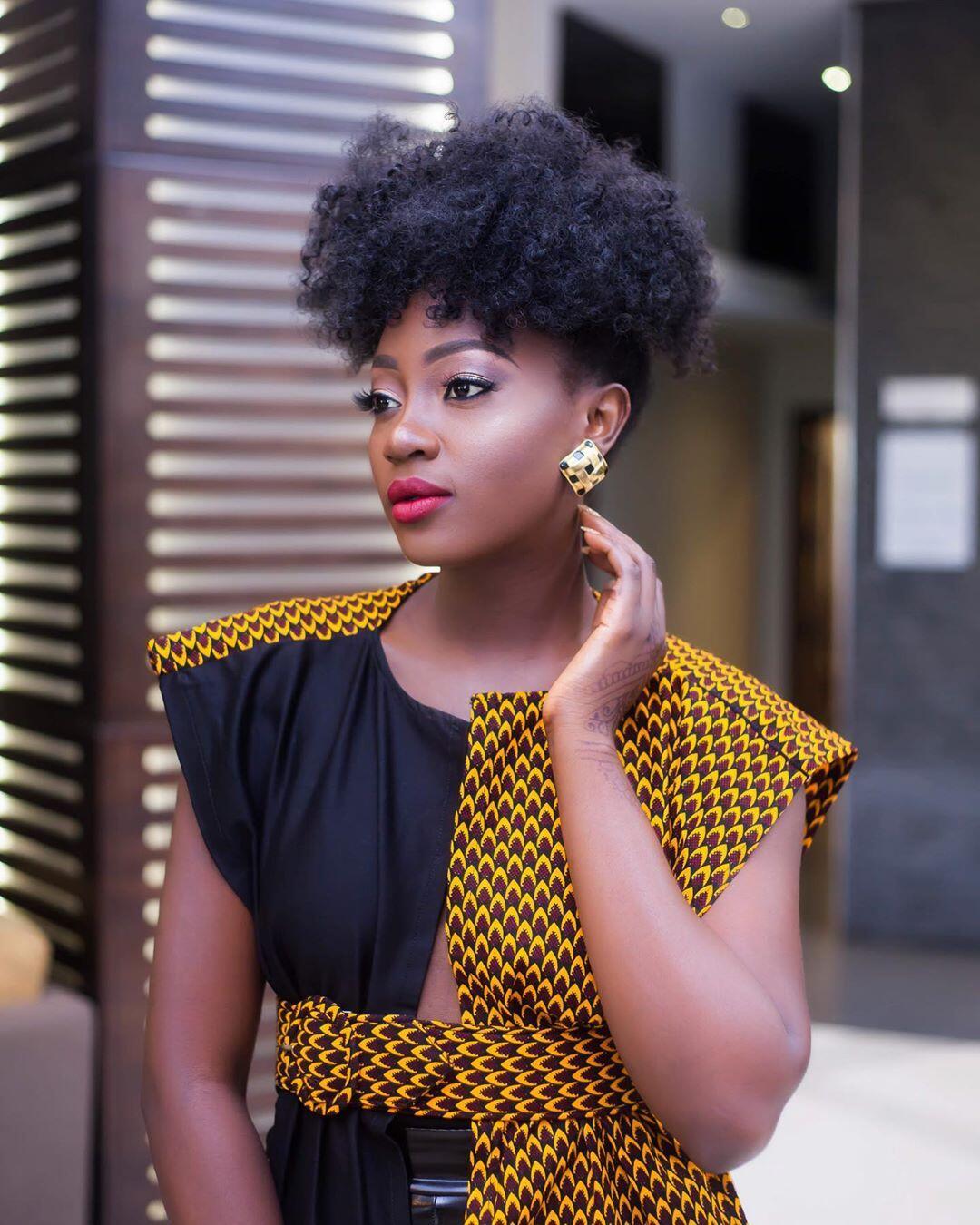Ndem Nora in Afrik Trend summer coat
