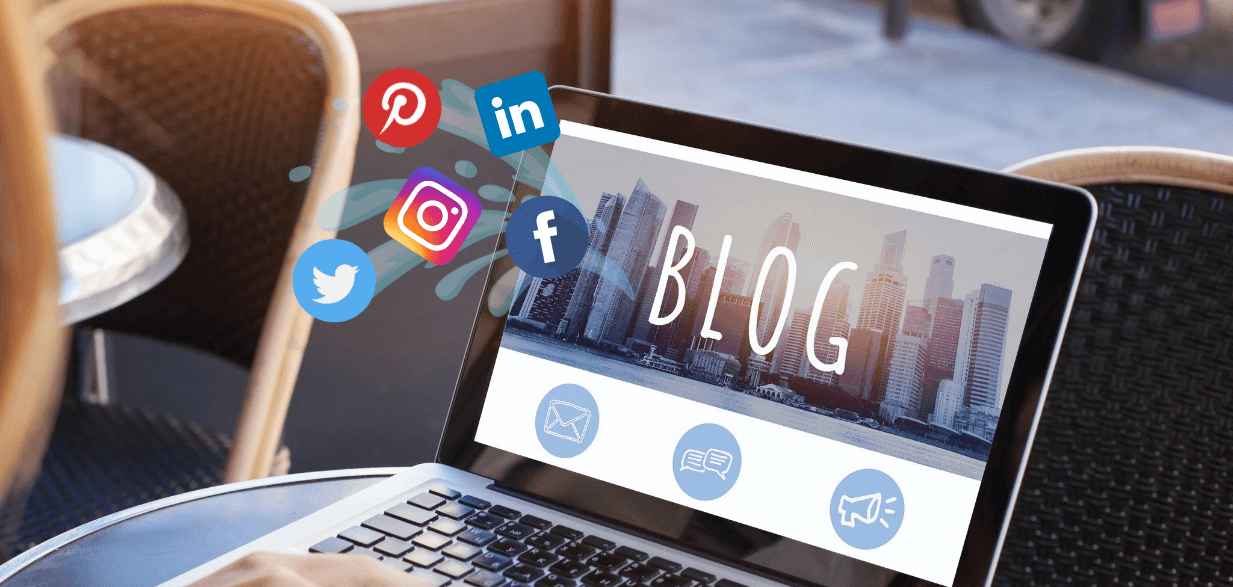 Read more about the article Why Merging your Blog Posts and Social Media is a Good Idea