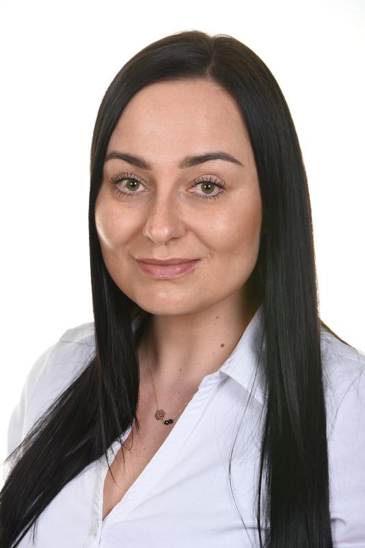 Miss Agnieszka Kurowska
