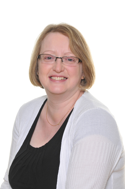 Mrs Lorraine Mitchell