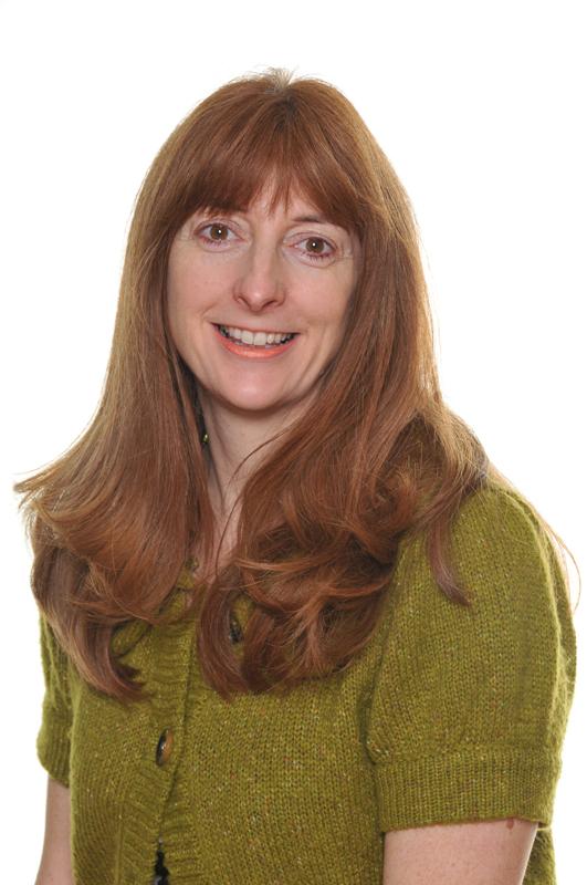 Mrs Jackie Huskisson