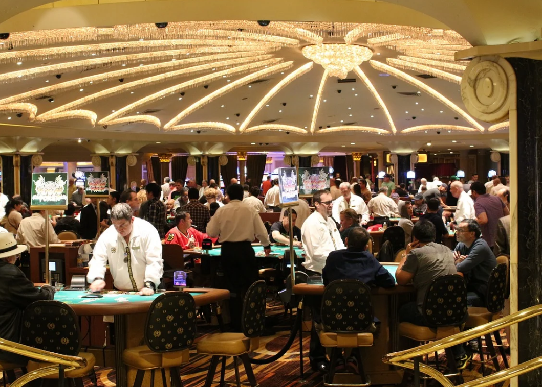 Man assaults visitor of casino in London