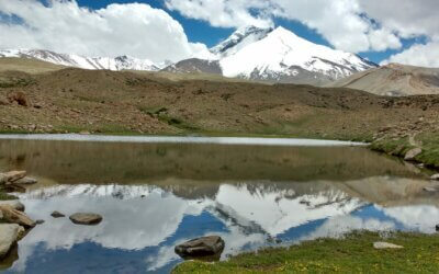 A trek through the cold desert with stunning contrasting views, Markha is a must to experience the heart of Laddakh