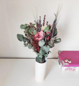 Ramo con gardenia y rosa blanca