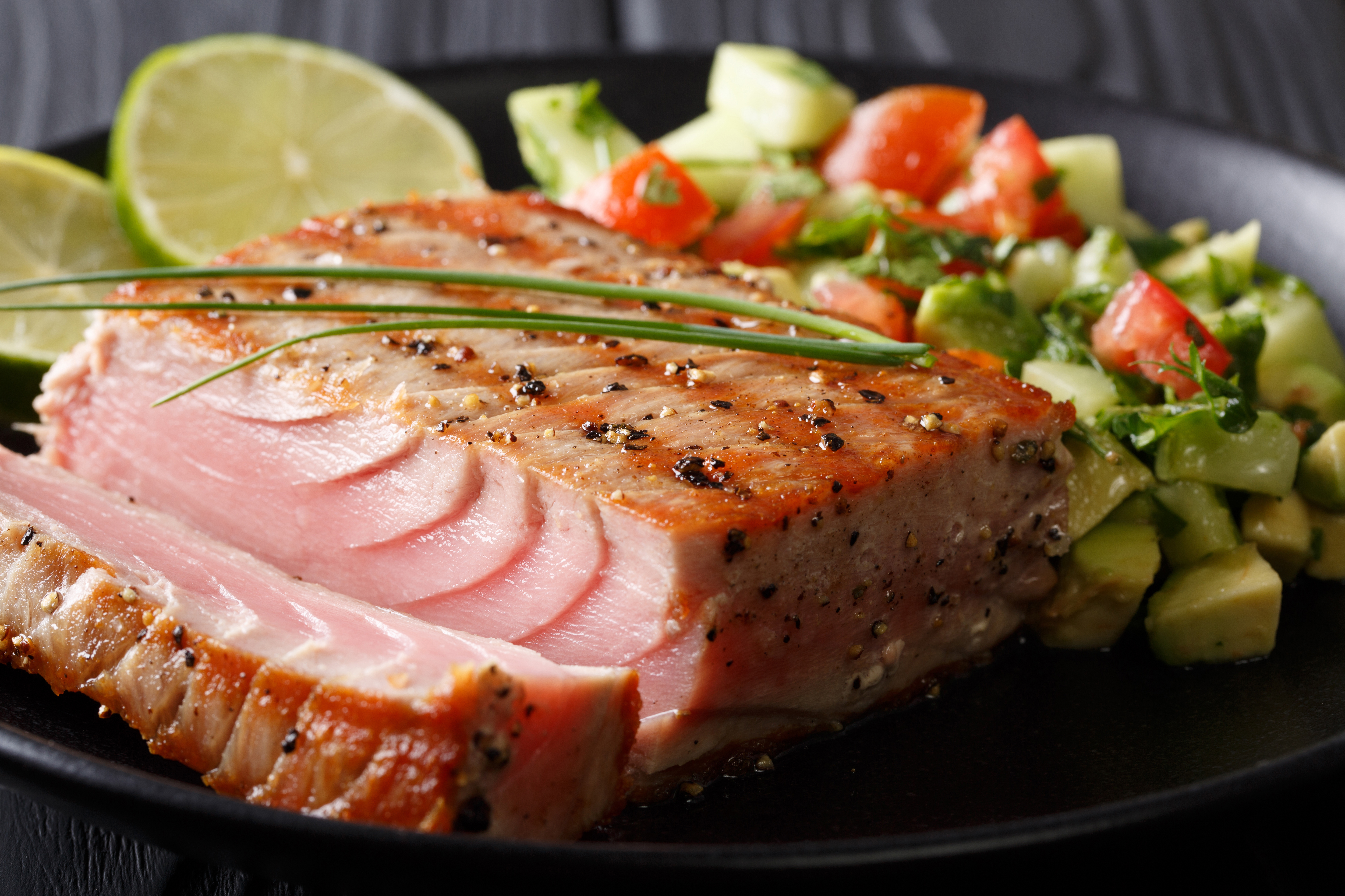 Skip the Restaurant and Learn How to Grill Tuna at Home