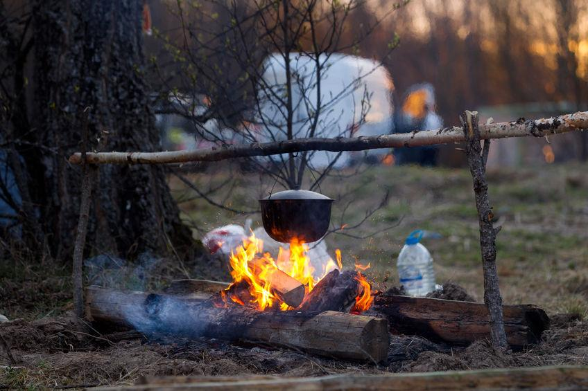 What Cookware to Bring Camping