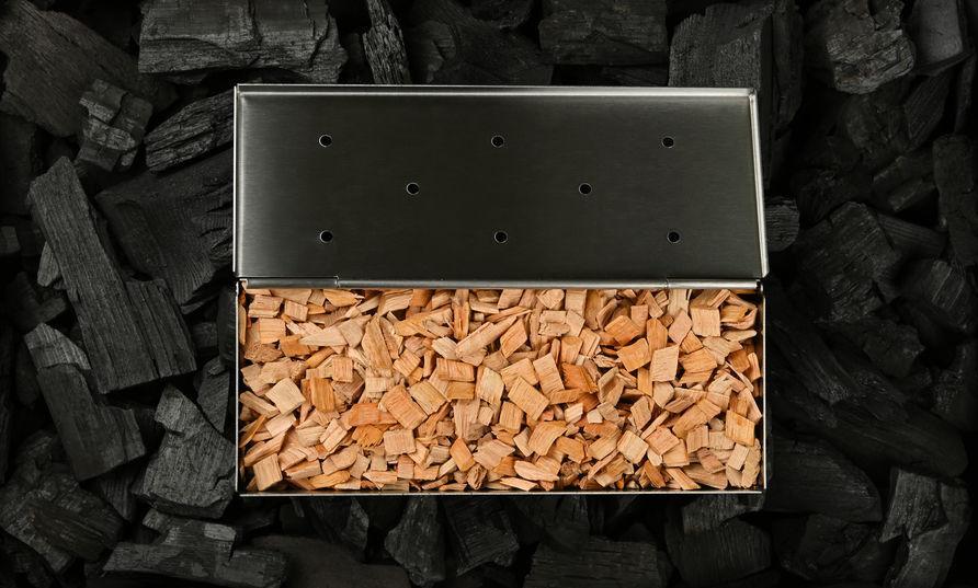 How Long Do You Soak Wood Chips?