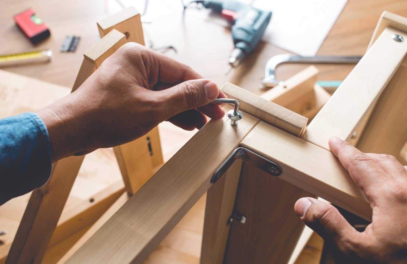 Flat-Pack-Furniture-Assembly