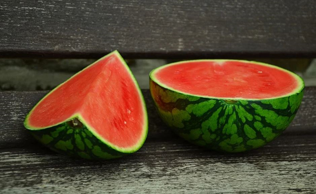 Is watermelon healthy and good for you ? Well, there are tons of watermelon health benefits. 7 watermelon secrets improving body and spirit.