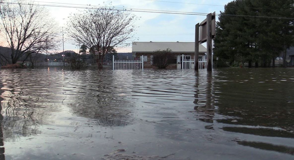 flood in tennessee