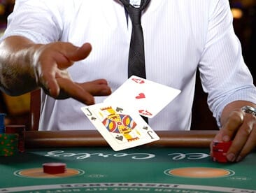 Play Blackjack Online Now With Fully-Interactive Dealers