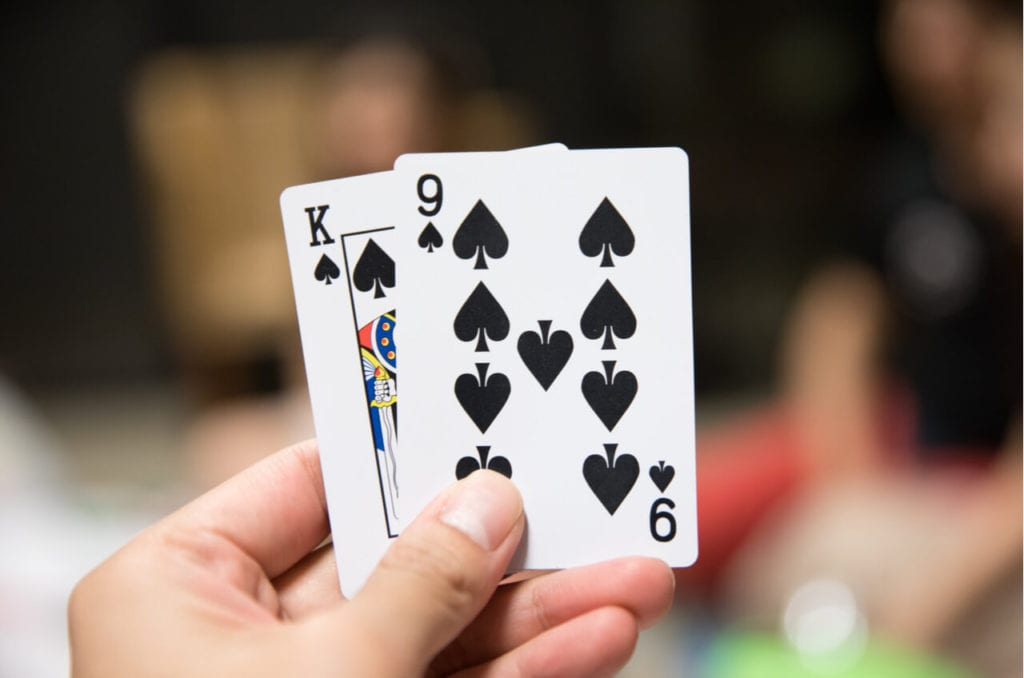 Learn What Hands to Stick on and How to Play Blackjack for Real Money