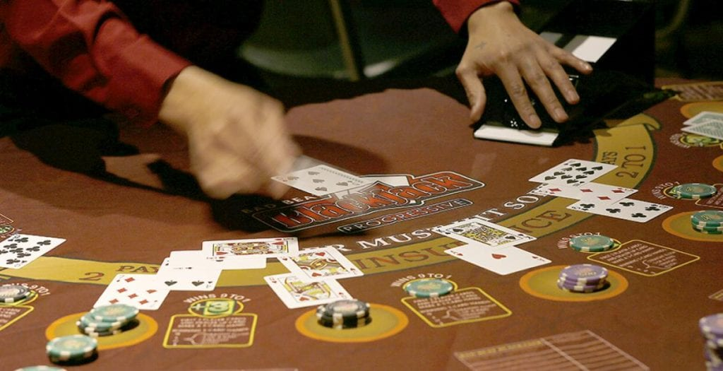 See How You Fare Playing Blackjack Switch & Other Variations
