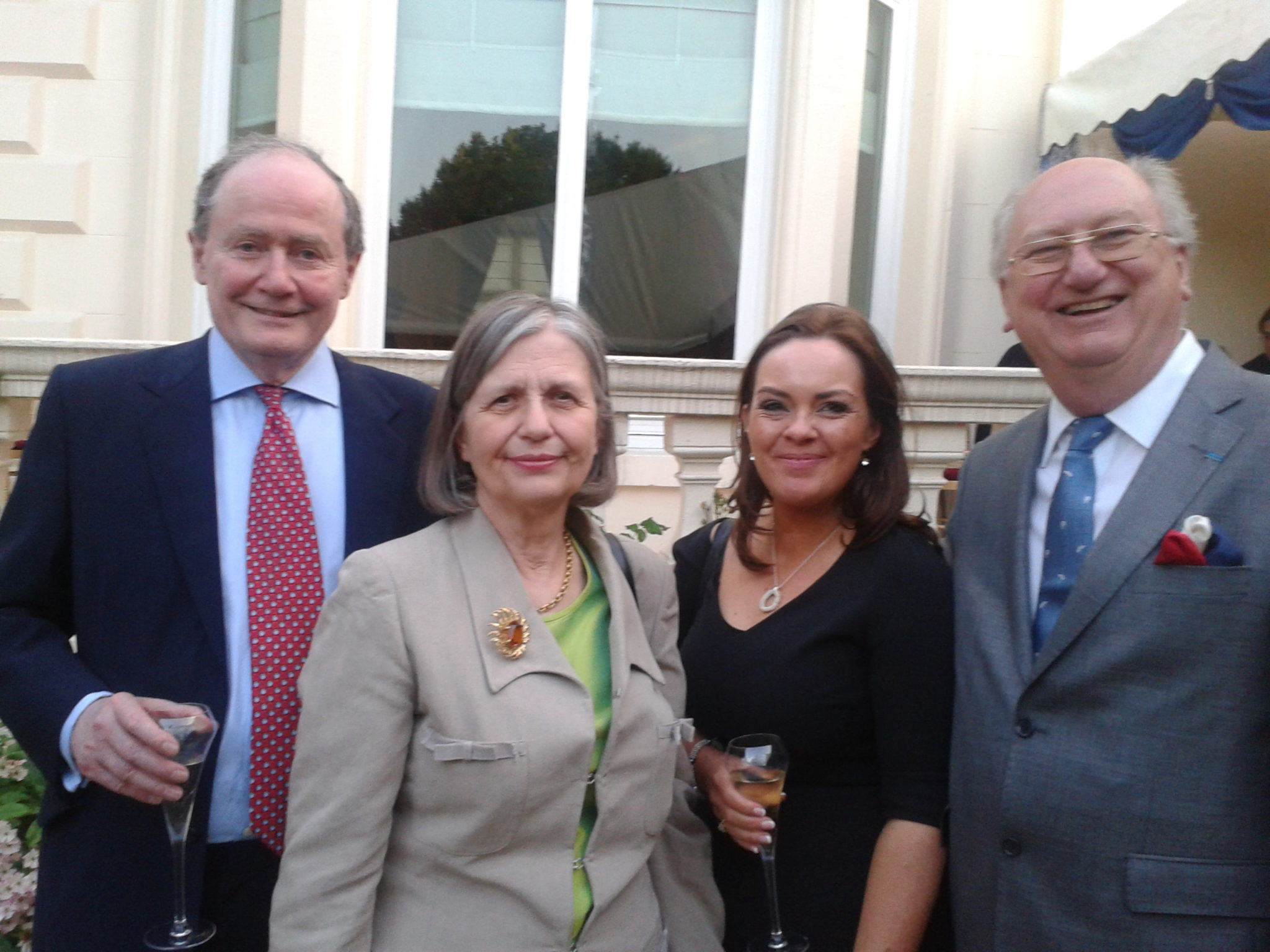 Left to right; Sir Michael TUGENDHAT, Président of the Society; Lady TUGENDHAT; Fionnuala Connolly, Director of the Society, Belfast N.I.; Simon HORSINGTON, Vice-Président d'Honneur, fondateur, of the Society