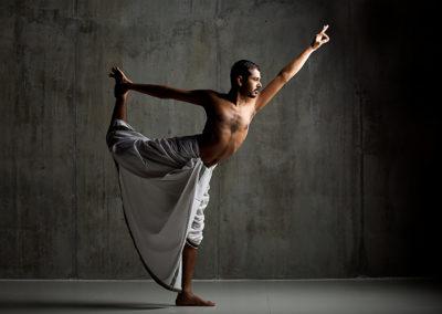 Natarajasana with Yogi Trupta - Oil Yoga