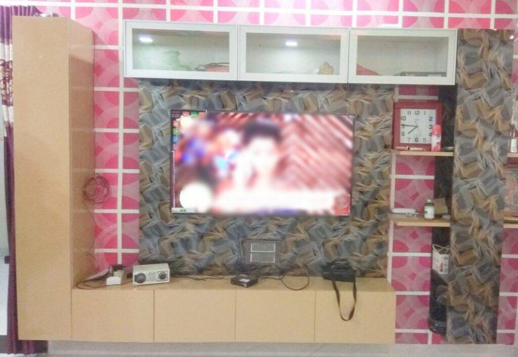 tv design on wall