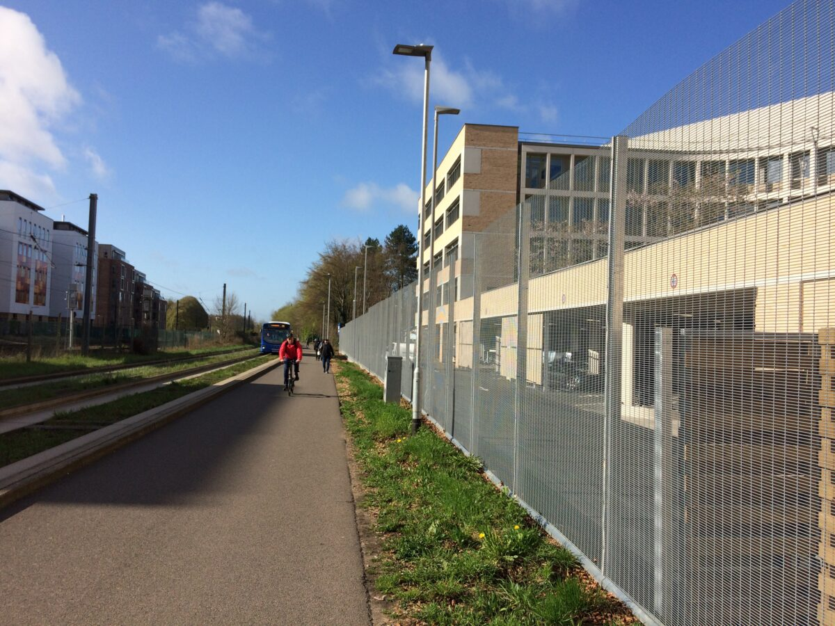 Safety on the guided busway