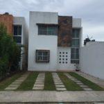 1.-Casa Alex - Frontview