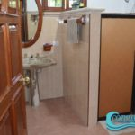 10.- Casa Uman - Ground floor bathroom