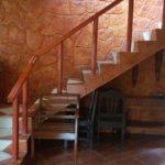 14 Casa Sombrero - stairs